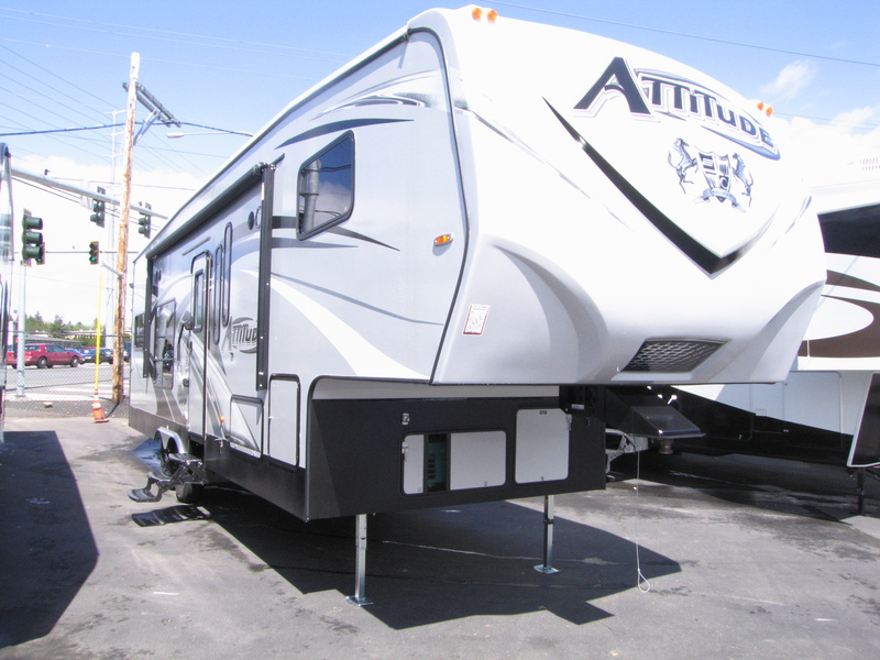 Toys For Trucks Everett : Campers for sale in seattle used motorhomes rvs on