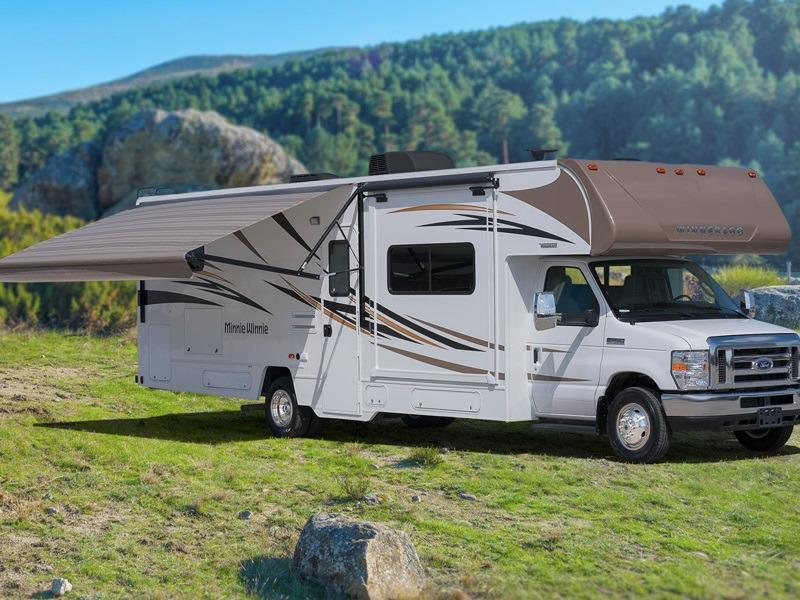 2019 Winnebago Minnie Winnie 25B with scenic backdrop